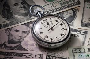 CFTC:对冲基金持有的美元净空仓位金额升至53.2亿美元