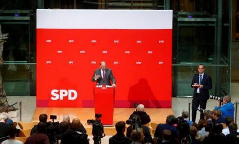 德国社民党面临压力 外界要求与默克尔合作组建大联合政府