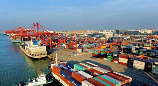 万人大港变身自动化码头 全球自动化集装箱码头的春天即将来临