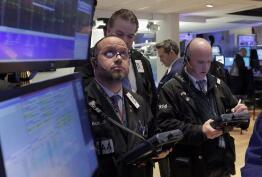 美股:道指收跌约300点 标普跌0.4% 纳指跌0.28% 中概股大跌