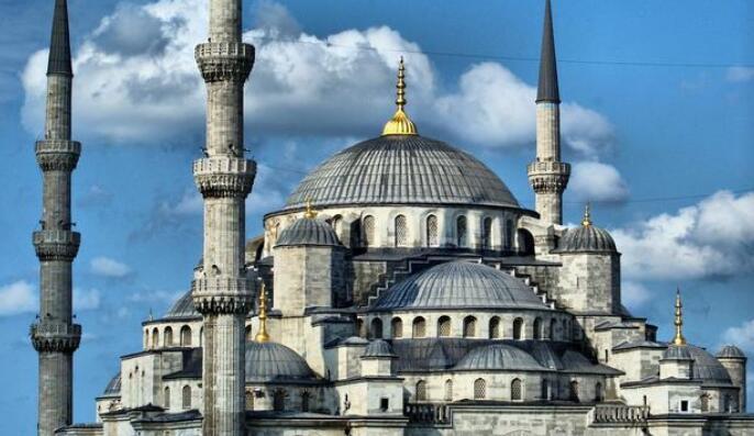土耳其加息 :隔夜拆借利率默默飙升150个基点
