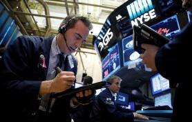 纽约股市三大股指24日收盘上涨  标准普尔500纳斯达克指数均创收盘历史新高