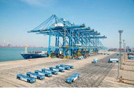 振华重工与青岛港签订全自动化码头二期工程