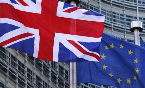 """""""脱欧""""越来越深刻地分化英国民众、舆论及政坛"""